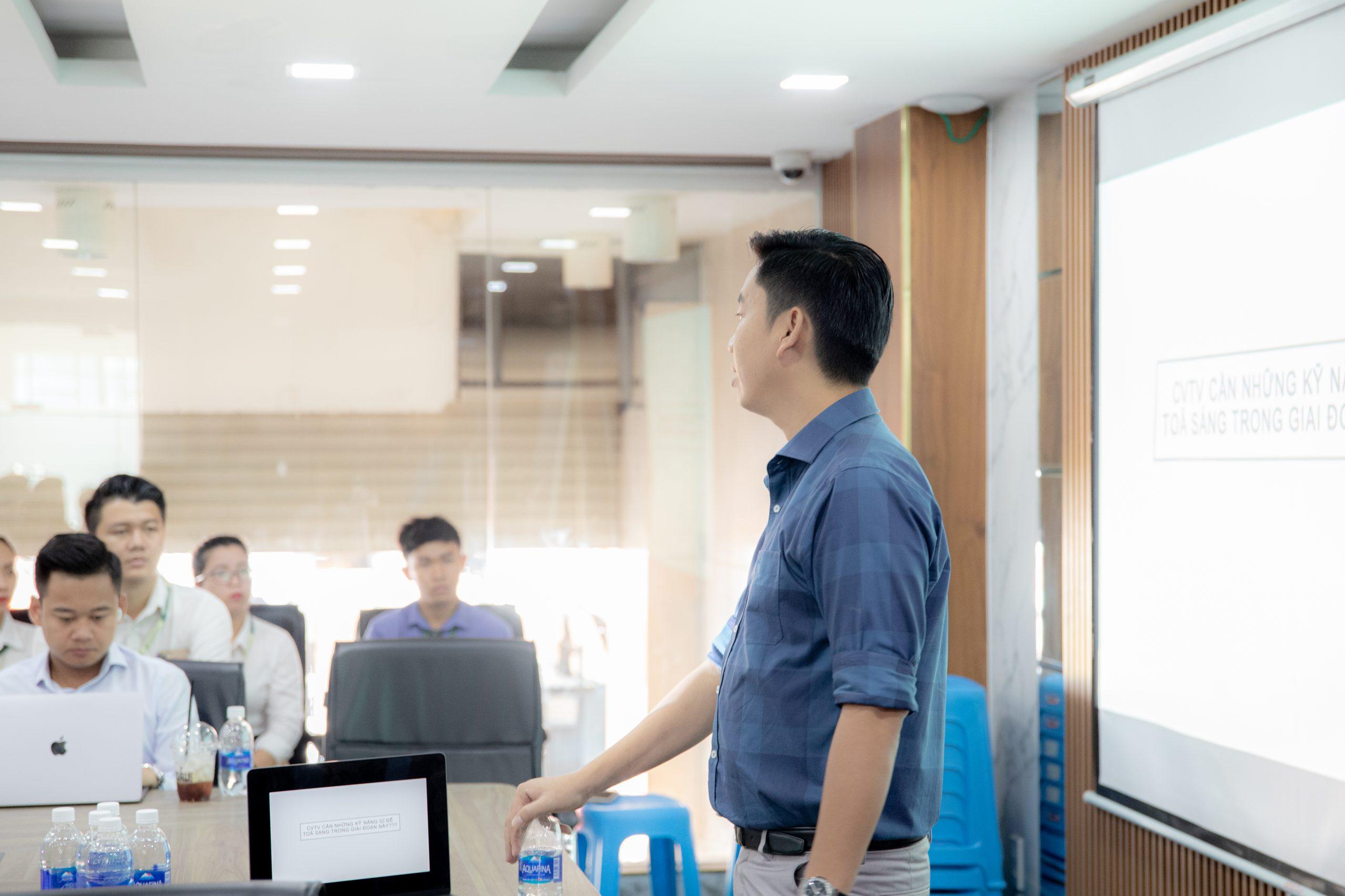 """Chương trình đào tạo nội bộ: kỹ năng bán bất động sản khi thị trường """"nguội"""""""