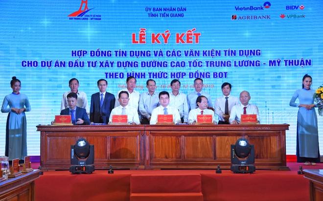 VietinBank giải ngân khoản vay dự án cao tốc Trung Lương – Mỹ Thuận